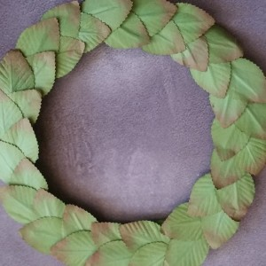 Fun And Easy Leaf Wreath